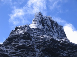 Carstensz Pyramid – Middle Peak